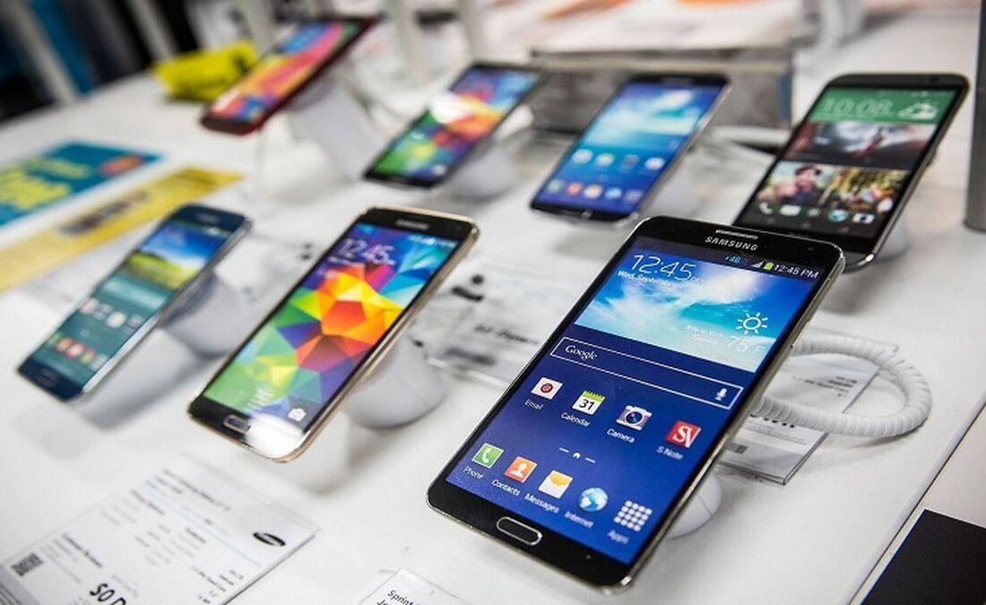 انتظار برای کاهش نرخ ارز دلیل رکود بازار موبایل