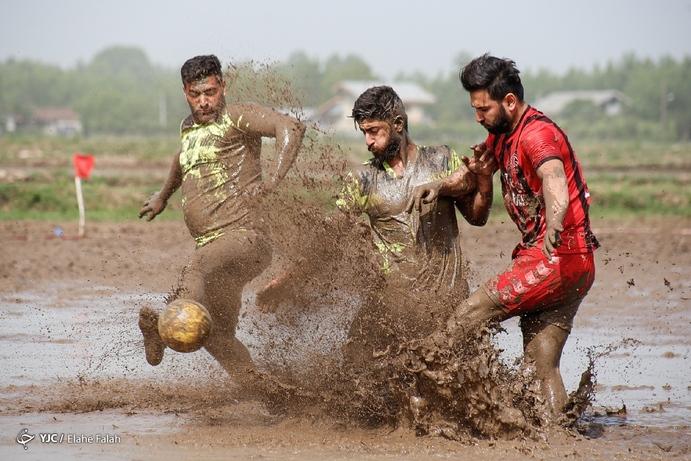 فوتچل «فوتبال در دل شالیزارهای آستانهاشرفیه»